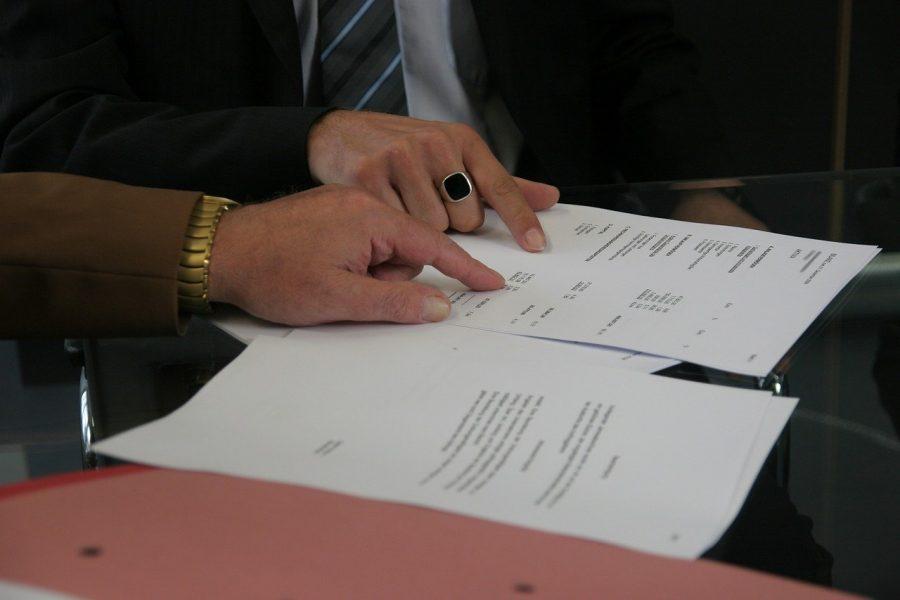 Firma de un contrato | Foto: PIXABAY