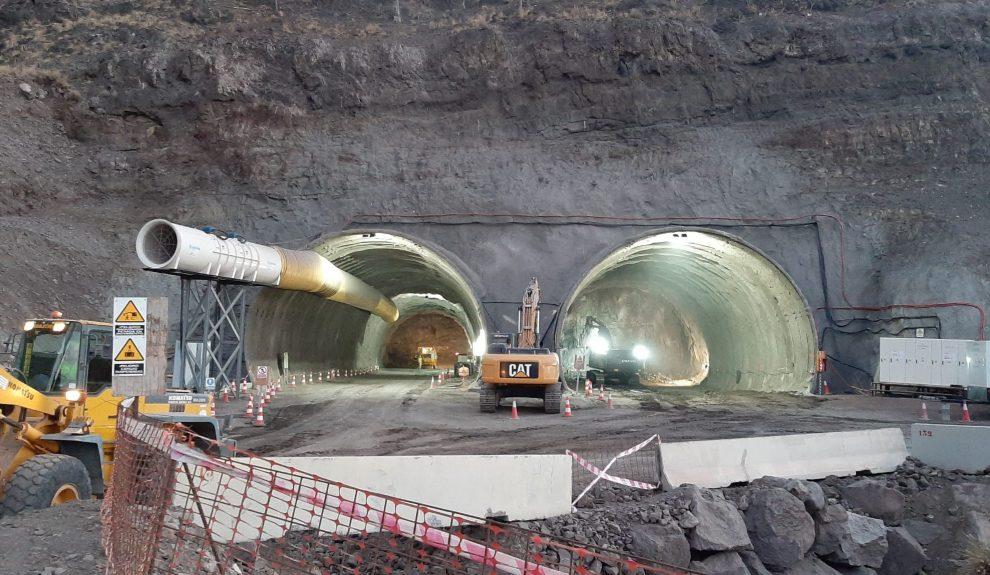 Obras en la carretera de La Aldea | Foto: CONSEJERÍA DE OBRAS PÚBLICAS, TRANSPOTE Y VIVIENDA DEL GOBIERNO DE CANARIAS