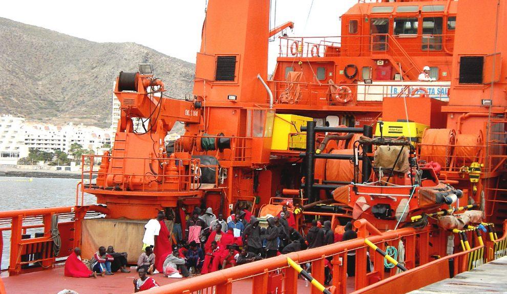 Lancha de salvamento con personas a bordo | Foto: ARCHIVO