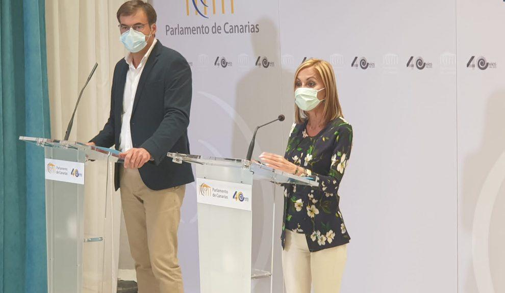 María Australia Navarro y Fernando Enseñat | Foto: PP