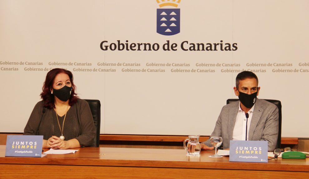 Gregorio Cabrera y Manuela Armas | Foto: CONSEJERÍA DE EDUCACIÓN DE CANARIAS