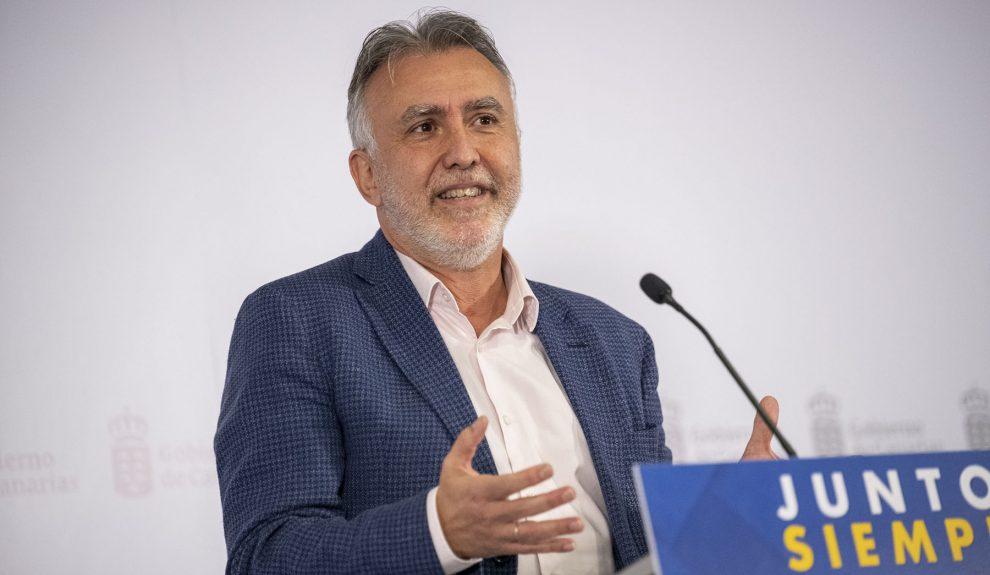 Ángel Víctor Torres comparece el primer día de vacunación, el pasado 27 de diciembre   GOBIERNO DE CANARIAS