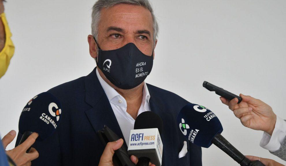 Lluis Serra Majem cuando resultó vencedor de las elecciones a rector el pasado febrero | ULPGC