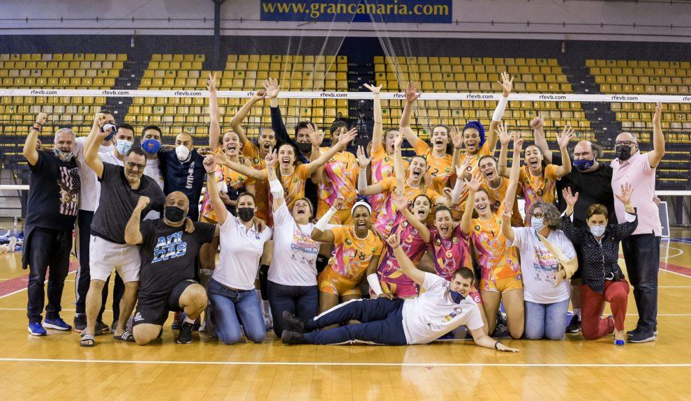 Jugadoras del club de voleibol JAV Olímpico 7 Palmas | CV JAV OLÍMPICO LAS PALMAS