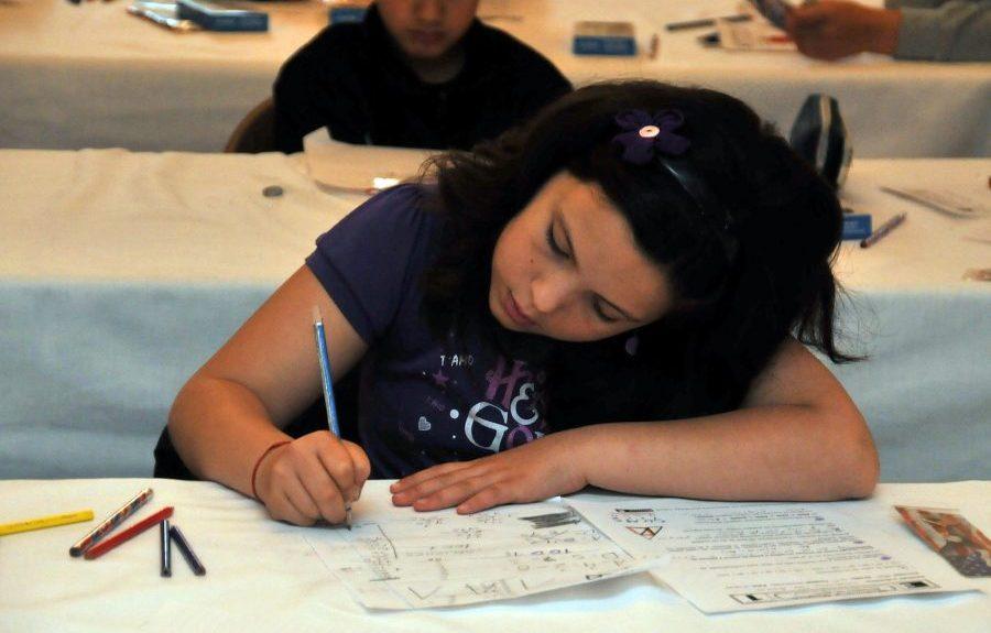 Alumna haciendo un examen | FLICKR