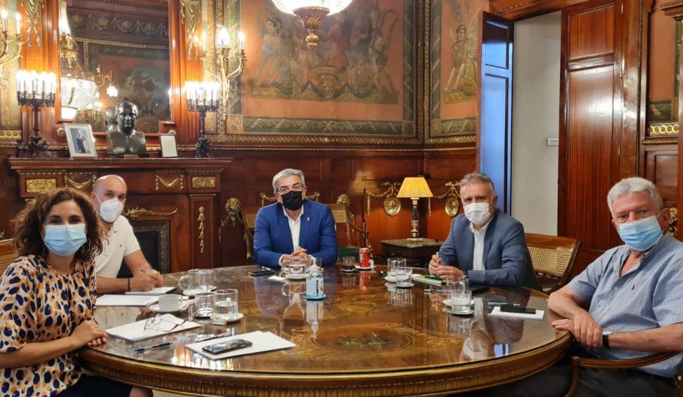 Mª Jesús Montero reunida con Ángel Víctor Torres y Román Rodríguez ayer | PSOE CANARIAS