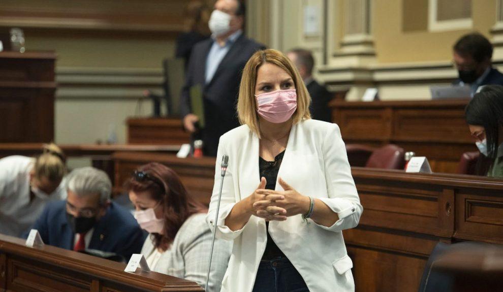 Noemí Santana en el Parlamento de Canarias el pasado junio   CONSEJERÍA DE DERECHOS SOCIALES DEL GOBIERNO DE CANARIAS