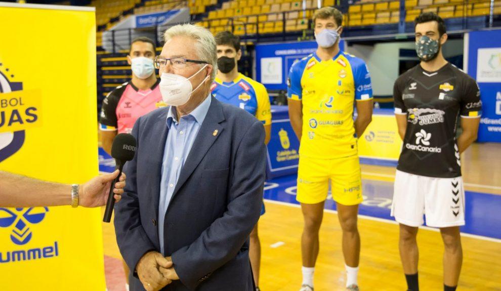 Juan Ruiz en rueda de prensa el pasado agosto | CV GUAGUAS