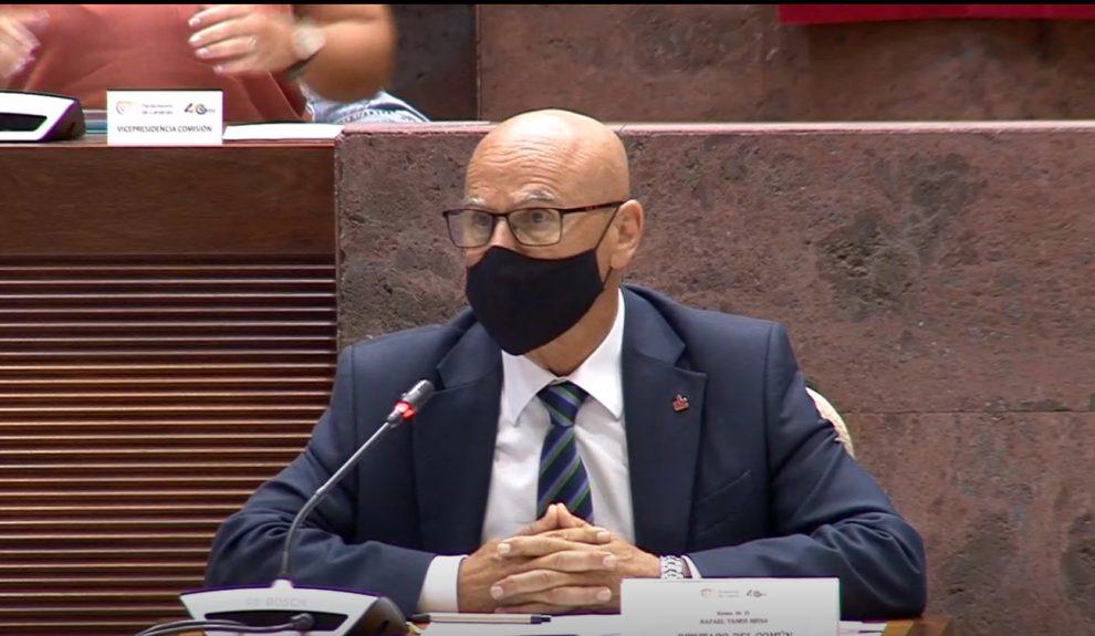 Rafael Yanes en su comparecencia en el Parlamento de Canarias el pasado martes   DIPUTACIÓN DEL COMÚN