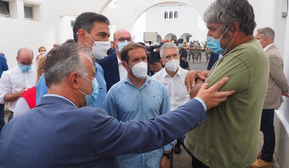 Sergio Matos junto a Ángel Víctor Torres y Pedro Sánchez | Foto: Gobierno de Canarias