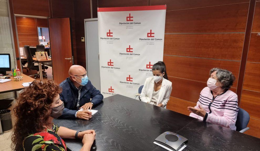 Reunión de la directiva de Ámate con Rafael Yanes | Foto: Diputado del Común